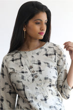 Load image into Gallery viewer, Grey patterned kurti