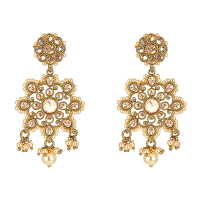 Akira Pearl Earrings