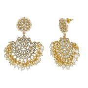 Nidra Earrings in Pearl