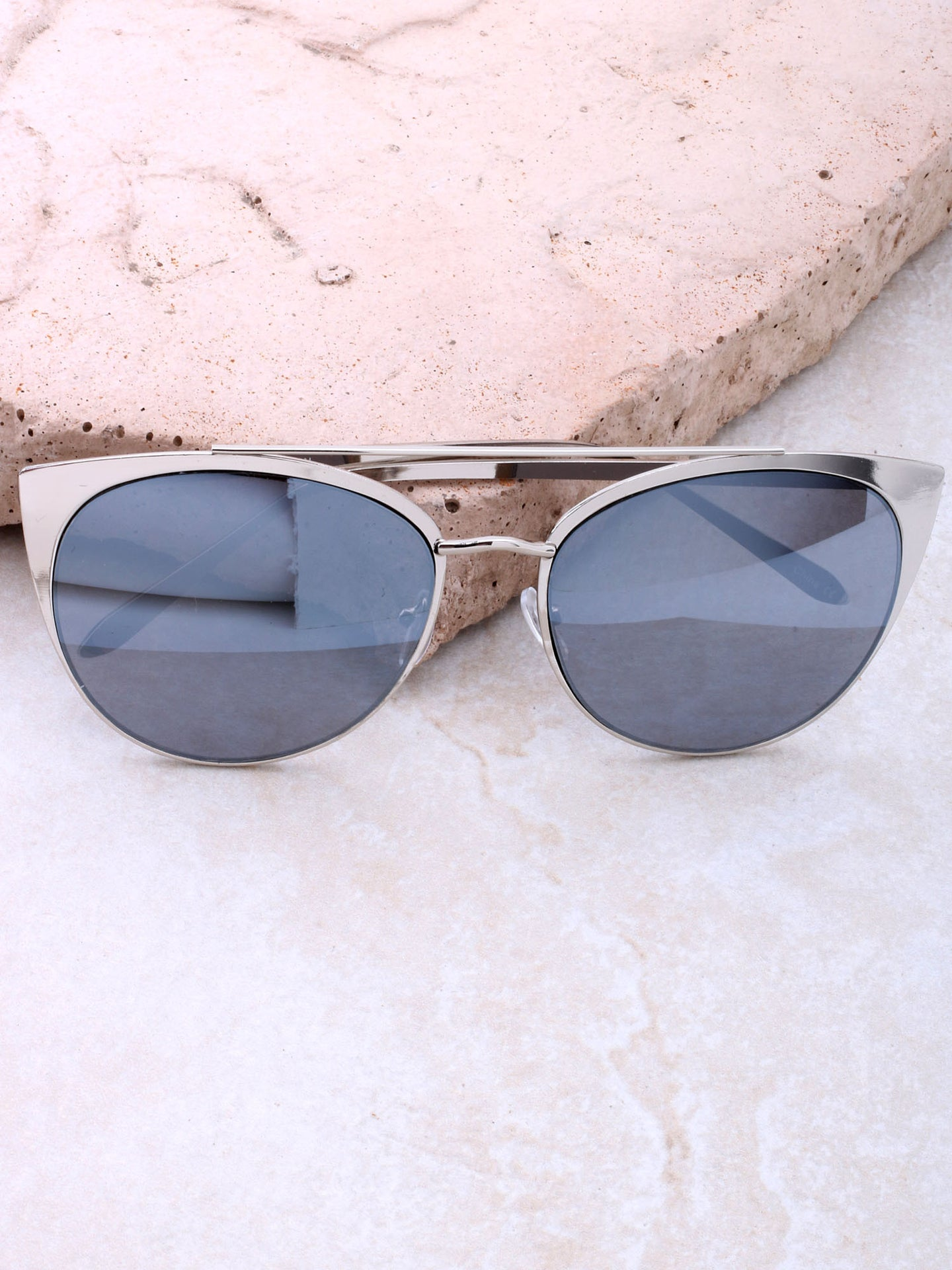 Eclipse Cat Eye Sunglasses Anarchy Street Silver_Gray
