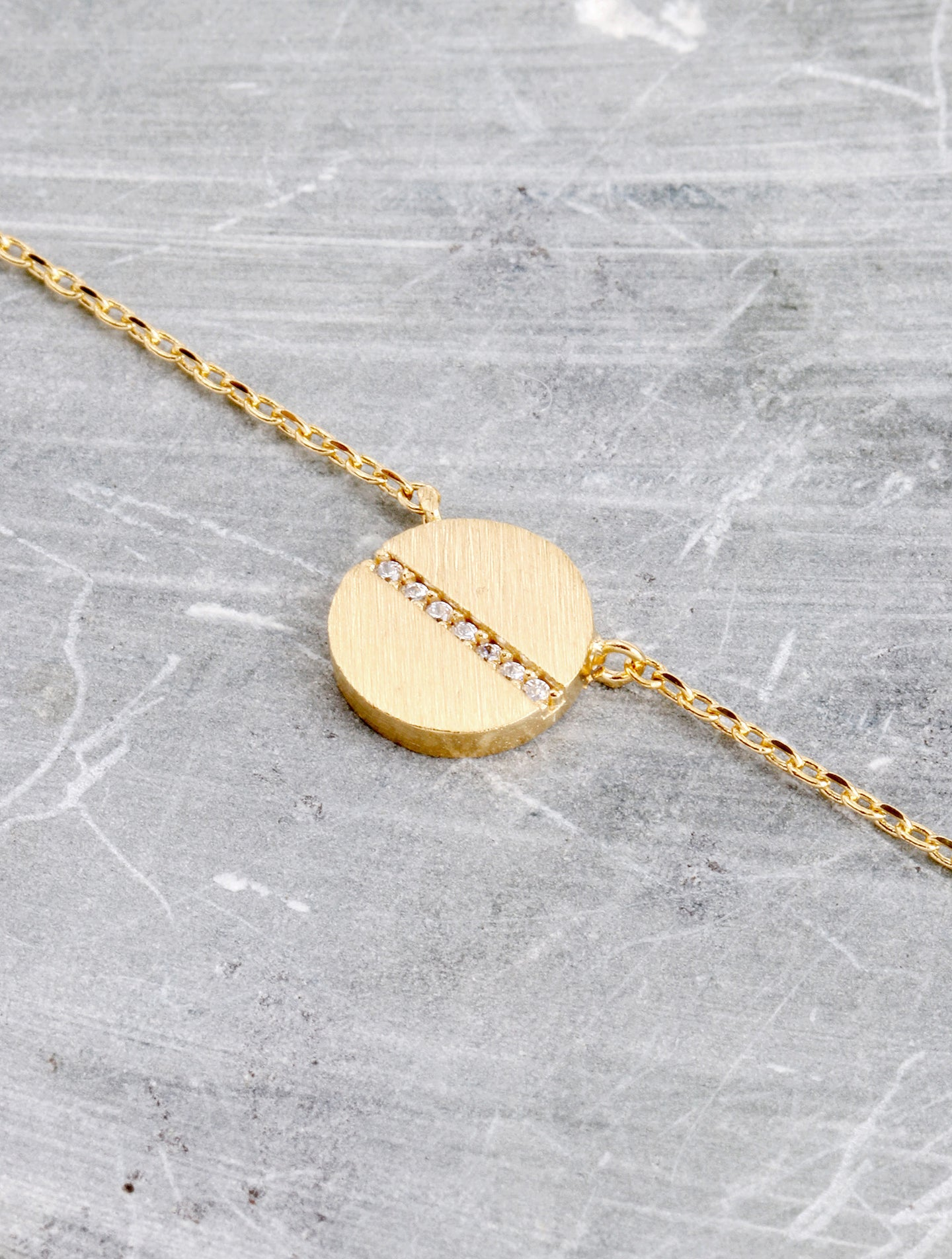 Flat Screw Pendant Necklace Anarchy Street Gold - Details