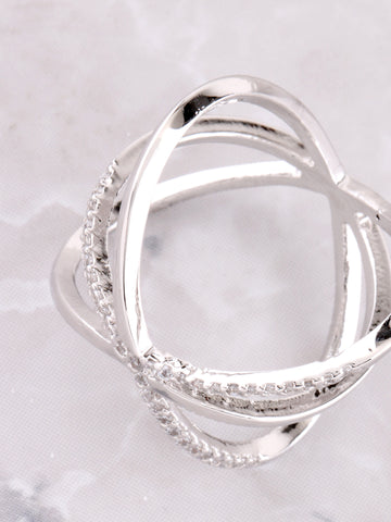 Criss Cross Y Pave Ring