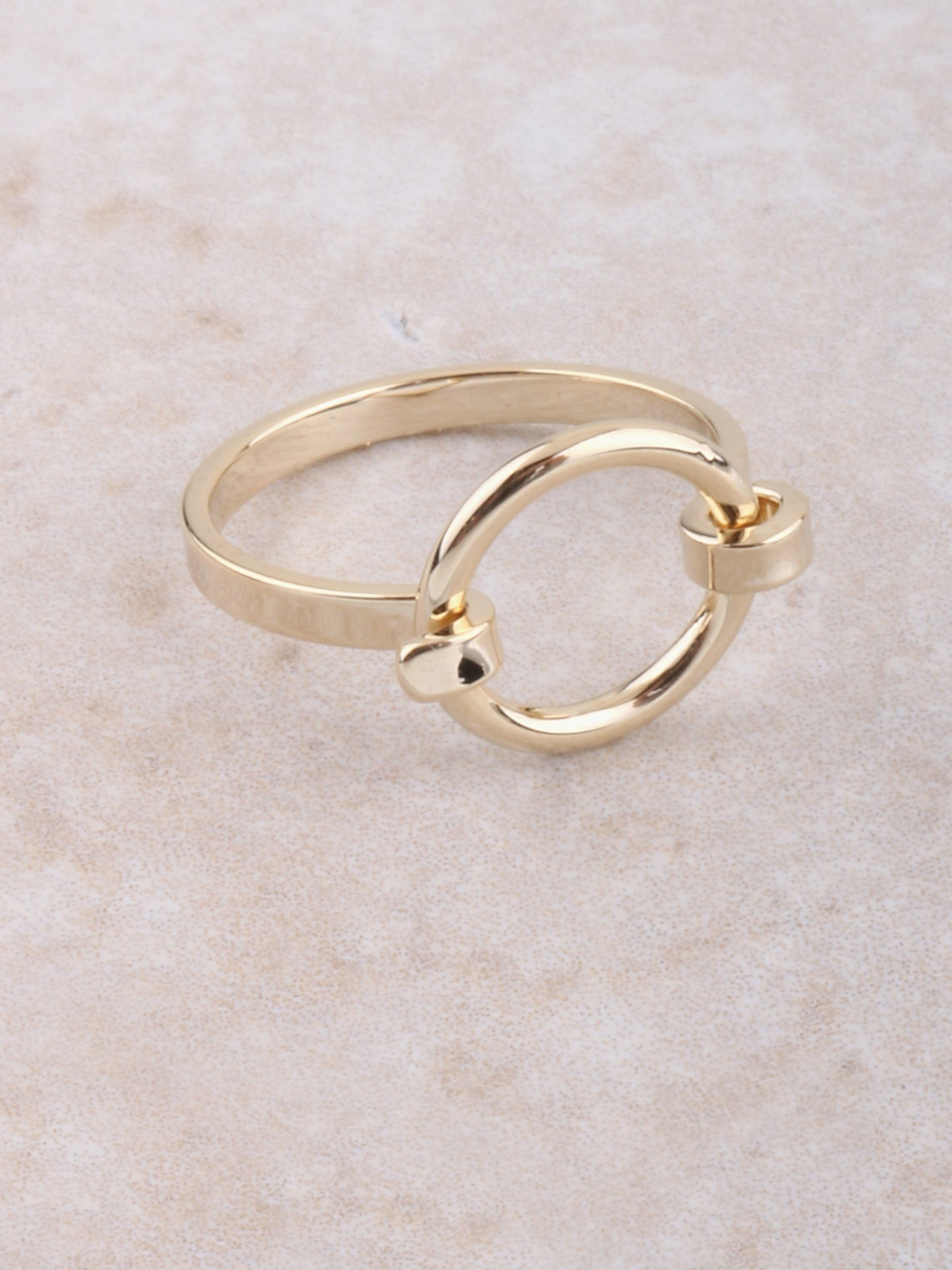 Latched Ring