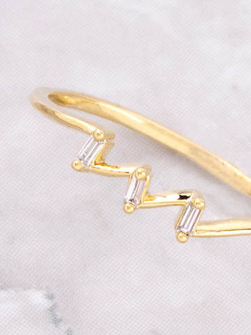 Angled Ring Anarchy Street Gold - Details