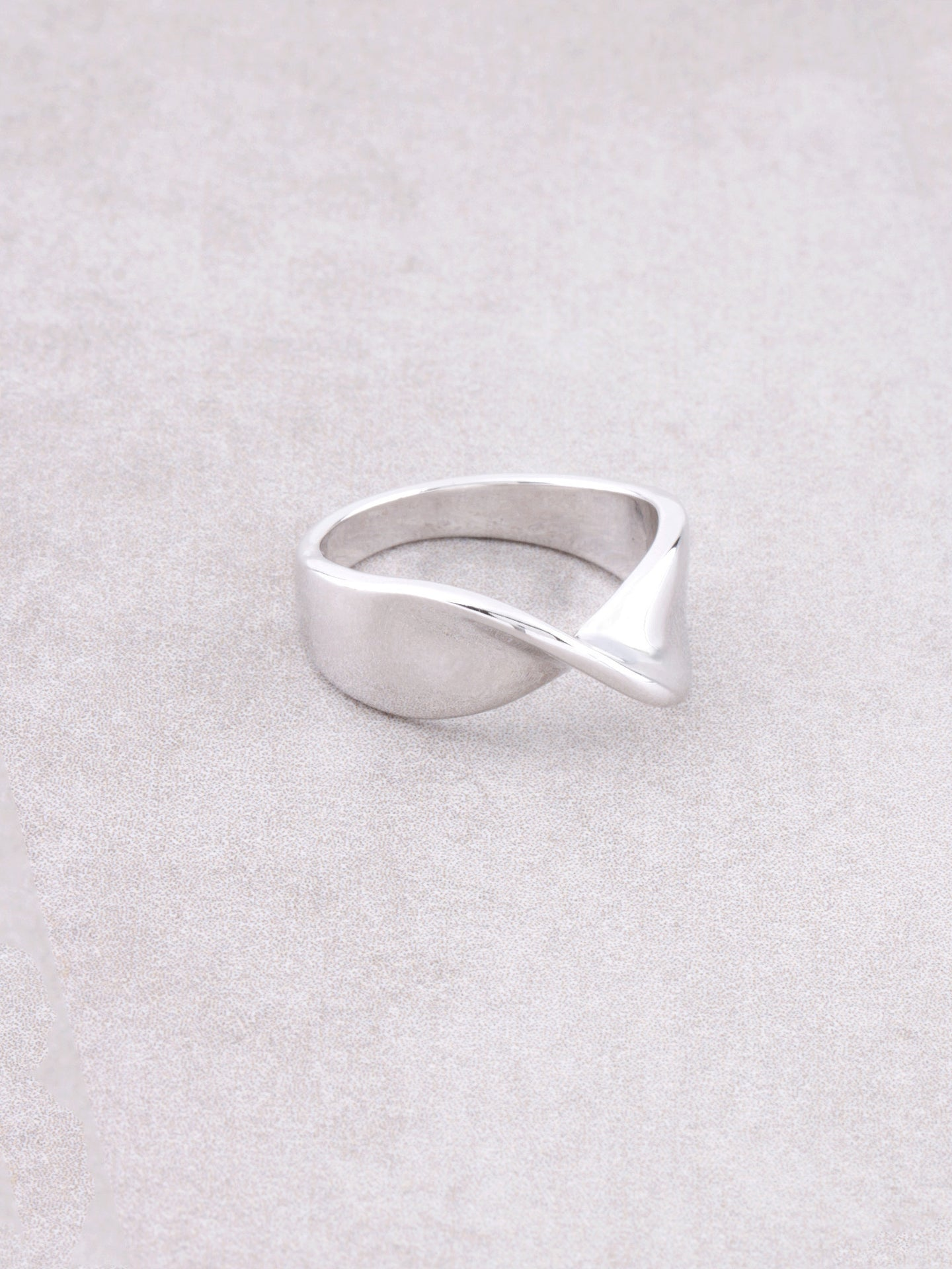 Turn Over Ring Anarchy Street Silver
