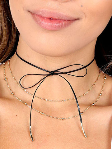 Leather Detailed Bow Choker