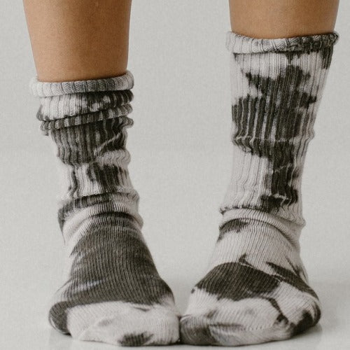Adult Charcoal Tie Dye Socks - Tortoise & the Hare Clothing