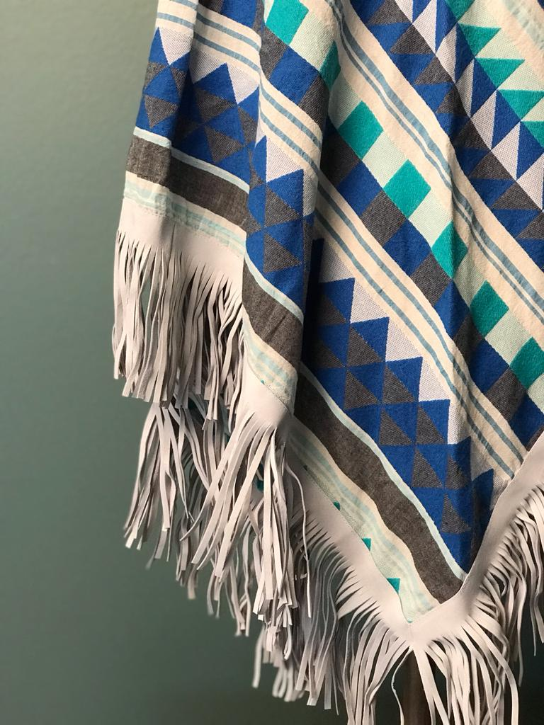 DEVOTION TWINS SCARF LEATHER FRINGE MULTI BLUE, Close-up