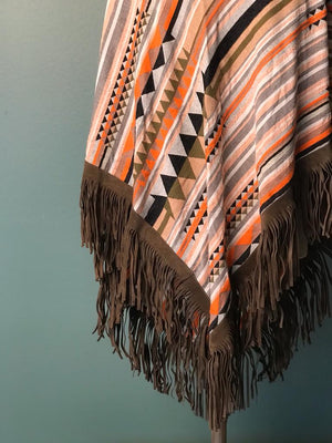DEVOTION TWINS SCARF LEATHER FRINGE MULTI ORANGE, Close-up Fransen
