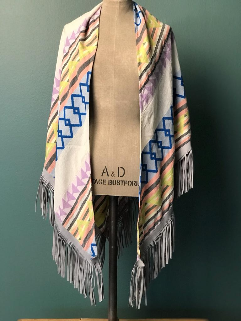 DEVOTION TWINS SCARF LEATHER FRINGE MULTI SQUARE, Frontansicht