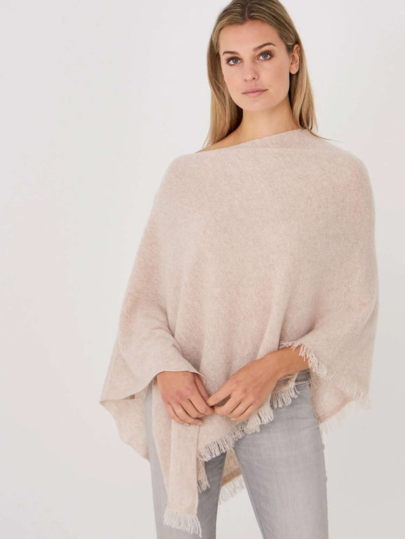 Fine knit organic cashmere poncho with fringes - BoUvy