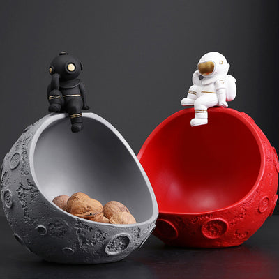 IHRtrade Creative Resin Moon Astronaut Statues, Figurine Ornament, Storage For Key Candy, Home Decoration Ornaments, Dried Fruit Tray