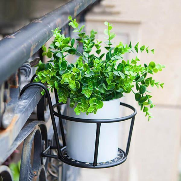 Ihrtrade Hanging Window Basket (3 colors)