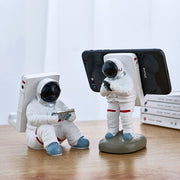 IHRtrade Phone Holder for Desk, Creative Astronaut Cell Phone Stand Tablets Phone Holder Phone Supporter for iPhone, Ipad, Samsung Phone, PC Desktop Holder