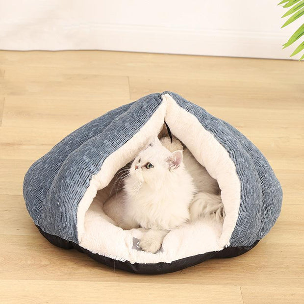 Ihrtrade Chenille Triangle PV Fleece Cat Bed (2 sizes)