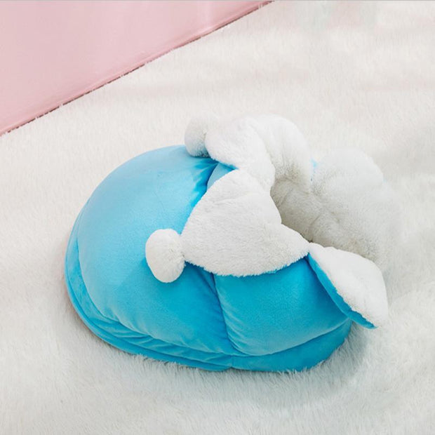 Ihrtrade Cute Shoe Shape Pet Bed (3 colors & 2 sizes)