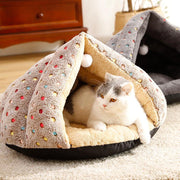 Ihrtrade Dots Winter Fleece Ball Cat Bed (2 colors)