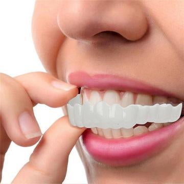 It is DESIGNED to look like a NATURAL SET OF TEETH.