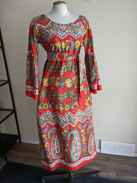 "Fantastic Patterned ""Leisure Lady"" 1970's Dress"