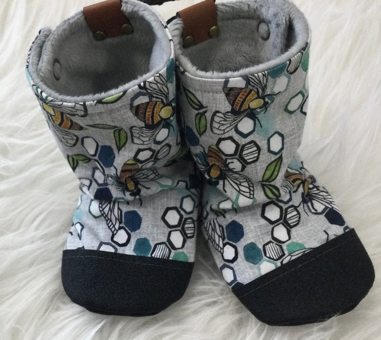 Bees Cotton Booties | Bear Cub Clothing