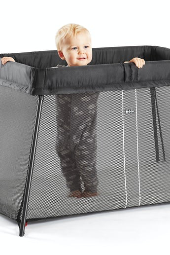 Black Mesh Travel Crib Light | Baby Bjorn