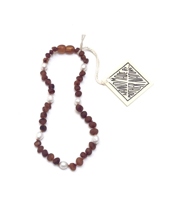 Raw Cognac Baltic Amber & Pearl Halo Necklace | Canyon Leaf