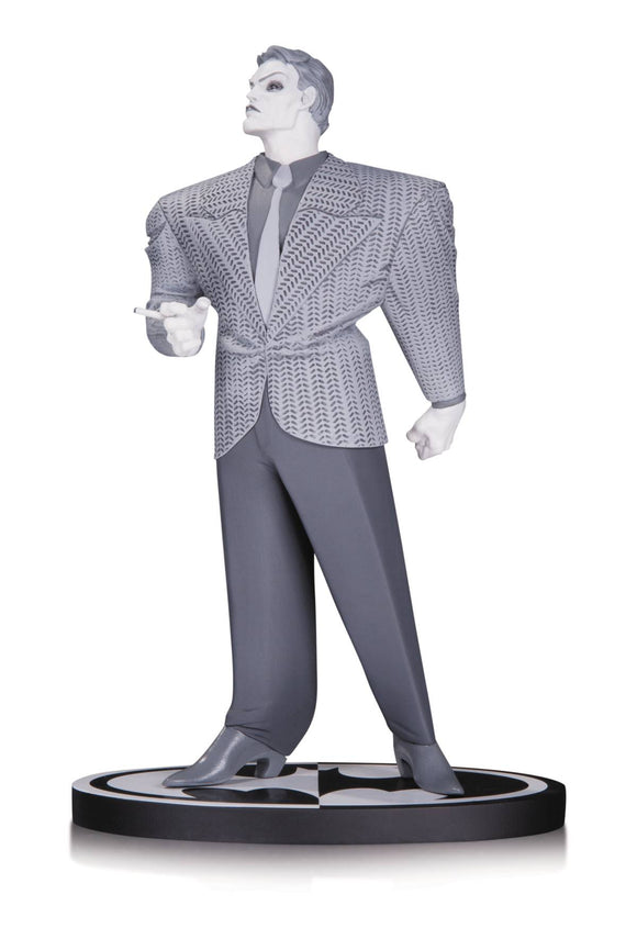 Batman Black & White Statue Joker By Frank Miller