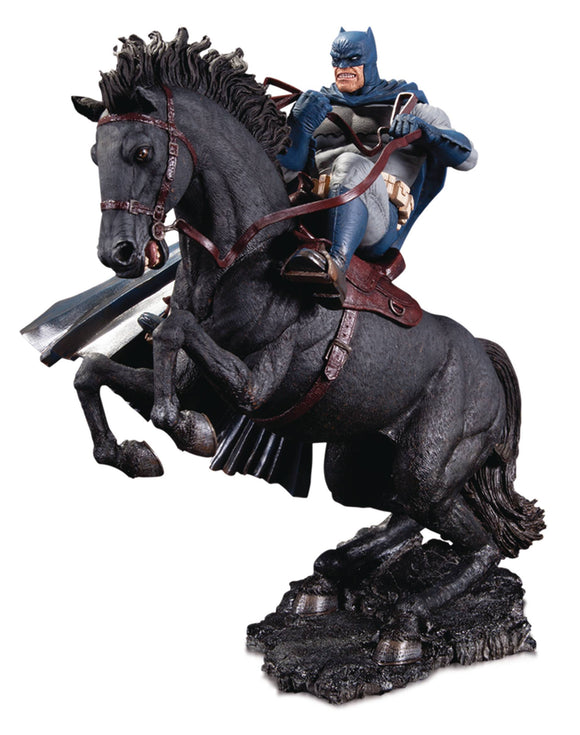Dkr Call To Arms Statue Mini Battle Statue