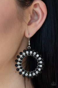 Pearly Poise - Black - Paparazzi Accessories