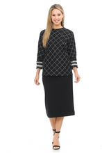 Load image into Gallery viewer, IV CHECKERED WITH SLEEVE TRIM TOP