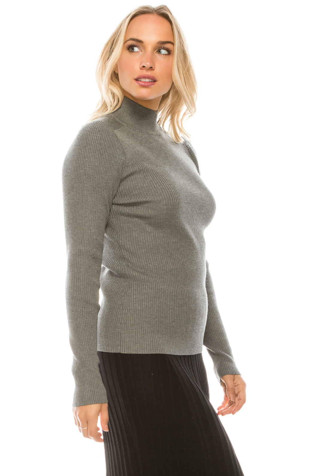 YAL RIBBED MOCK NECK PULLOVER