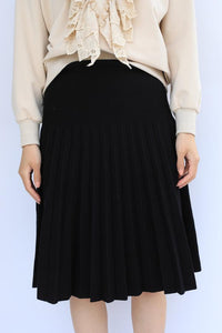 J PLEATED KNIT SKIRT