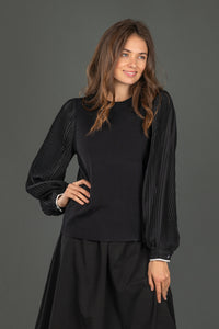 LU KNIT TOP WITH PLEATED SLEEVES