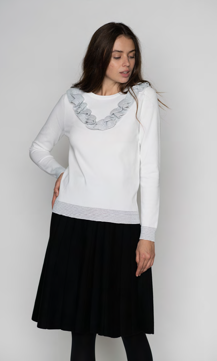 LU CREW NECK LONG SLEEVE WITH FRILLED DETAIL