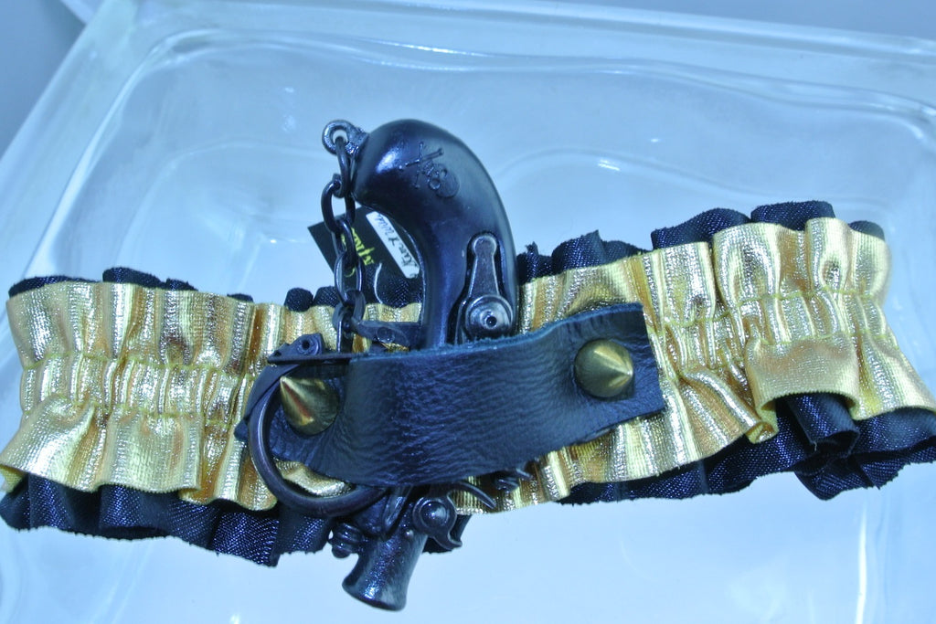 GOLD BLACK GUN PIRATE CAP GUN GOLD STUDS ARM LEG GARTER WEDDING HALLOWEEN STARR WILDE STEAMPUNK FORTRESS