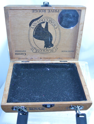 WOOD BLACK CAT BLACK HARDWARE BLACK RESIN HANDLE BLACK INTERIOR GENUINE CIGAR BOX PURSE STARR WILDE STEAMPUNK FORTRESS