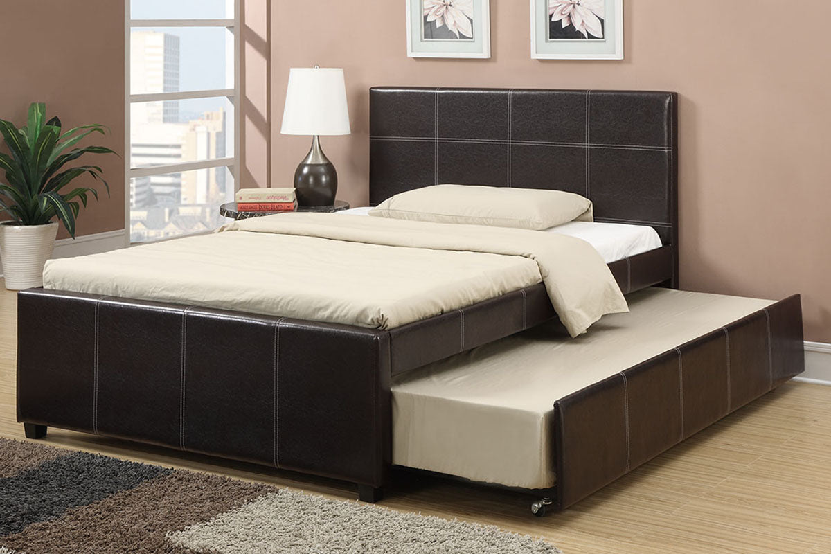 F9214F Bedroom Full Size Bed w/ Trundle