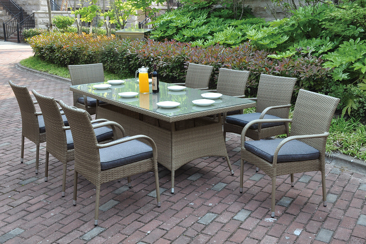 P50272 Outdoor Outdoor Table