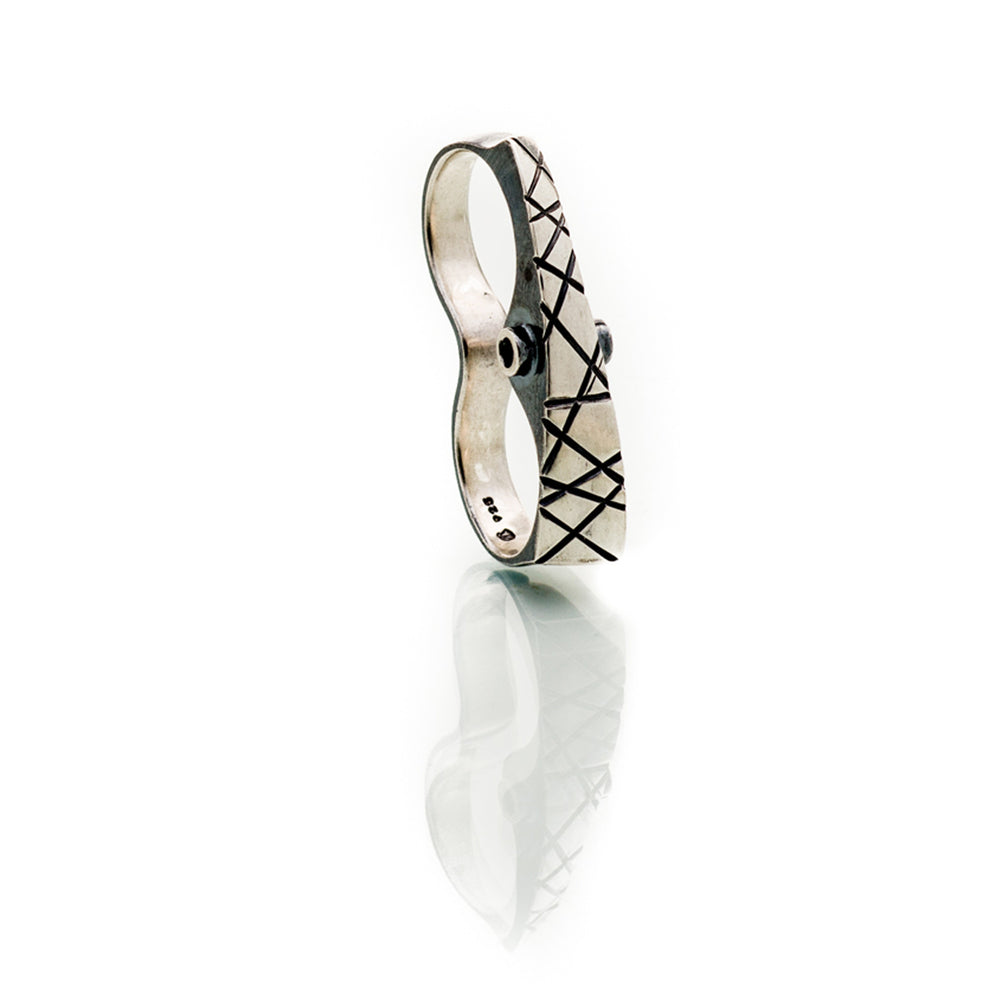 Double Crosshatched Ring