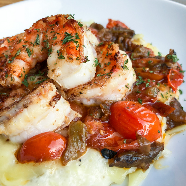Green Chile Shrimp & Creamy Gouda Grits from AlbuKirky Seasonings