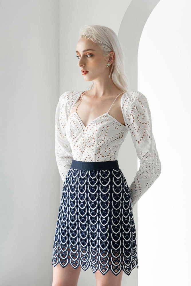 EMBROIDERED COTTON TOP & LACE MINI SKIRT