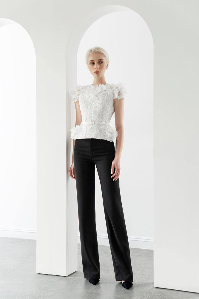 FLORAL LACE TOP & STRAIGHT TROUSERS