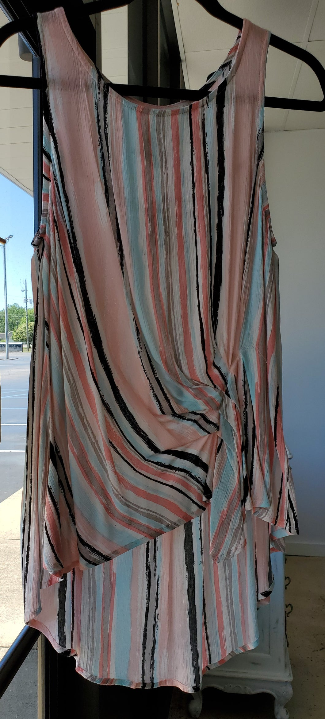 UMGEE- Tank with vertical stripes and front tie