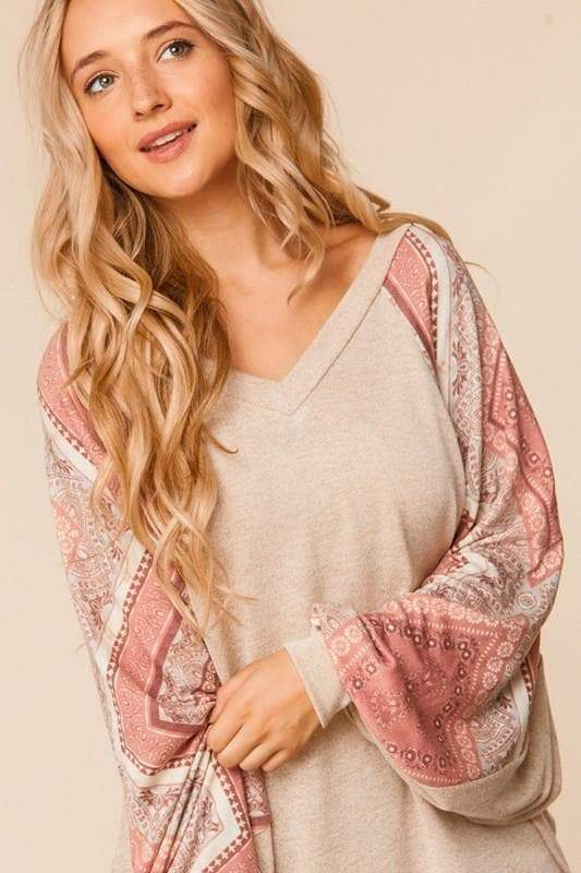 ONLINE EXCLUSIVE! Paisley Lantern Sleeve Top