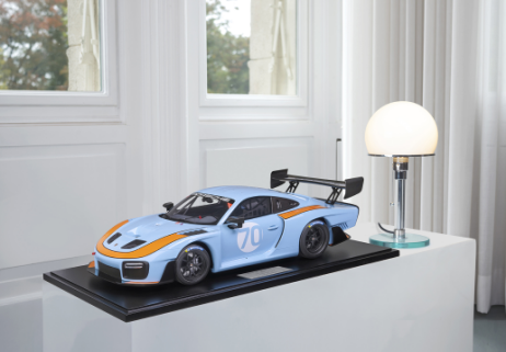MINICHAMPS  PORSCHE 1:8 935/19    2019 GULF DESIGN (800651002)  Resin Model Car Available on the end of April 2021 Pre Order now