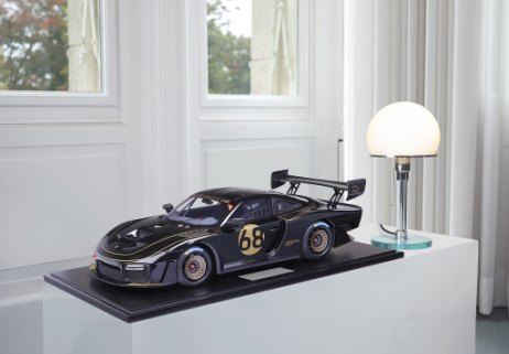 MINICHAMPS  PORSCHE 1:8 935/19    2019 JOHN PLAYER SPECIAL (800651006)  Resin Model Car Available on the end of April 2021 Pre Order now