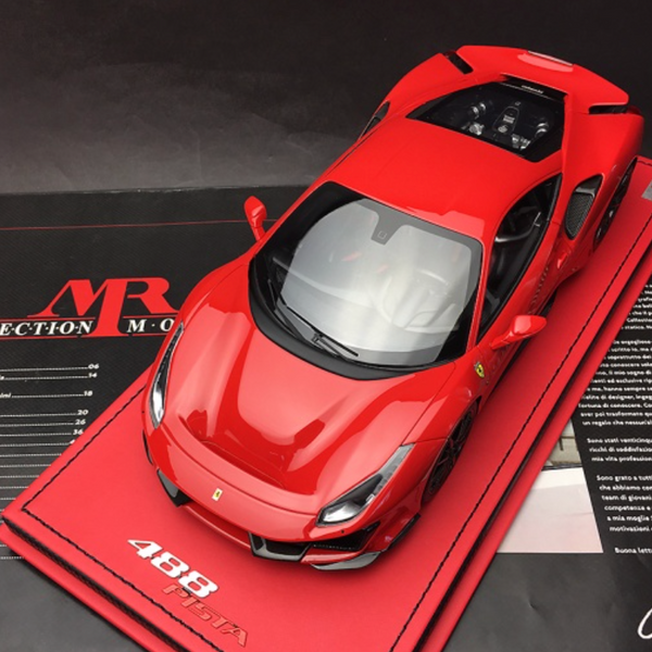 MR Collection 1:18 Ferrari 488 Pista 2018 (red) Resin Model (FE025H) available on end of April 2019 pre-order now