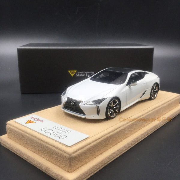 Makeup 1:43 Lexus LC500 S Package 2017 (LHD) White Nova Glass Flake (EX4004L) available now