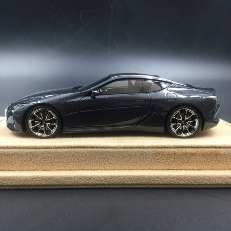 Makeup 1:43 Lexus LC500 S Package 2017 (LHD) Dark Gray Mica (EX4006L) available now
