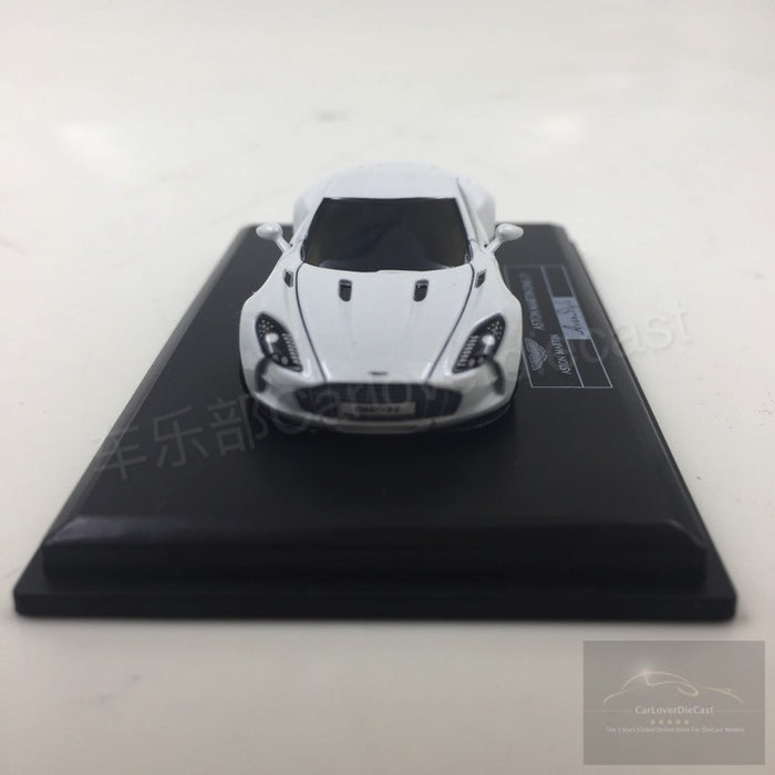 (Avanstyle) Aston Martin One 77 resin scale 1:87 (White) Frontiart